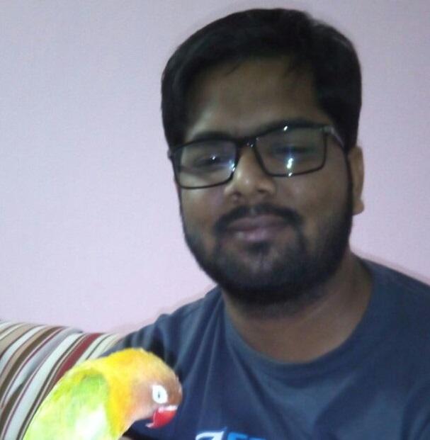 Author Vikram Rajoori