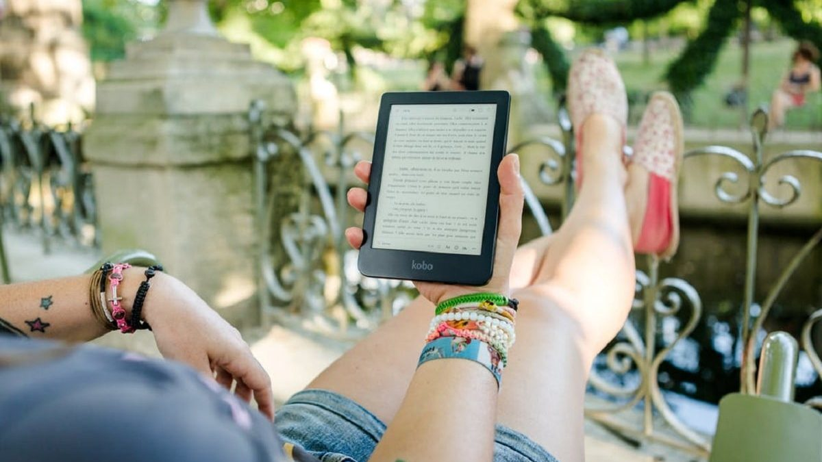 5 Ways How eBooks Boost Your Content Marketing Game