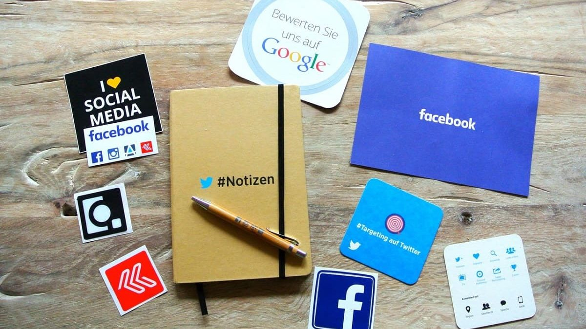 What is a Social Networking Site? Definition, Uses, Features and More