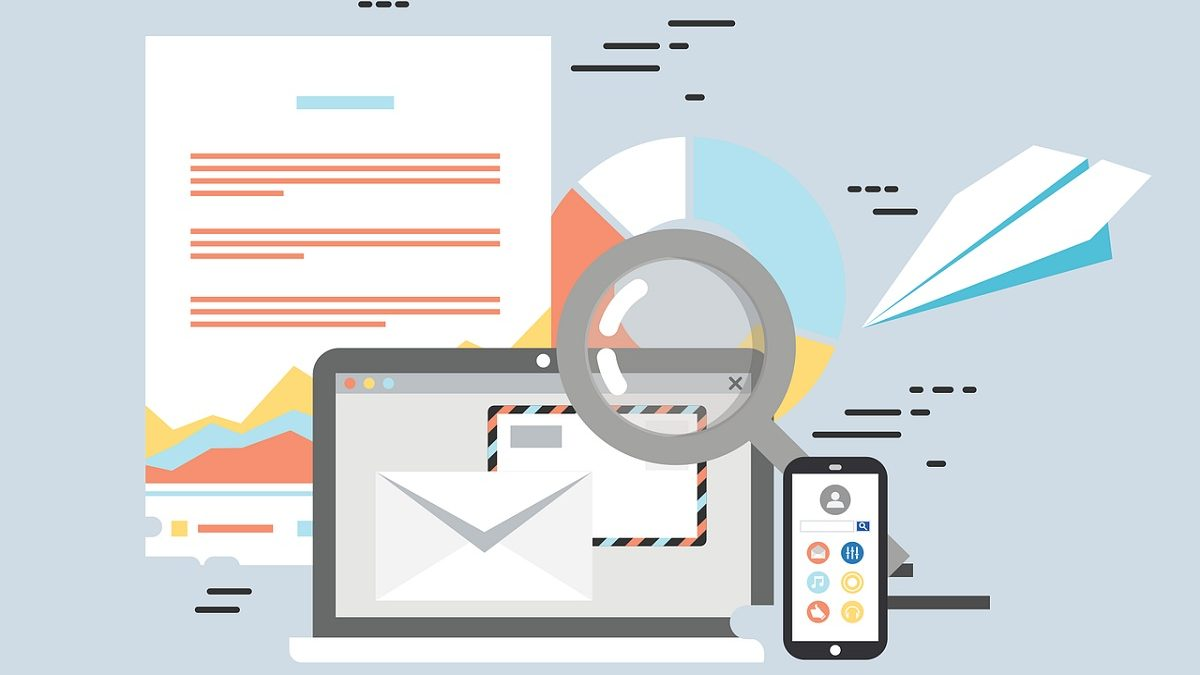 Email vs. Text: Which One is The Better Lead Generation Channel?