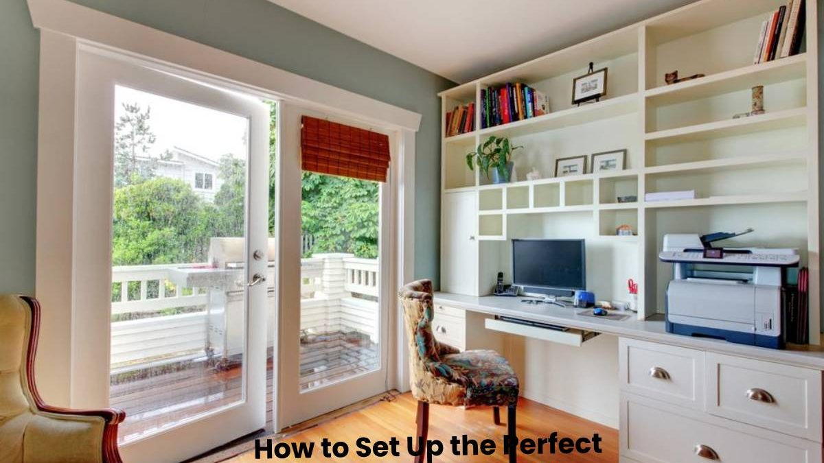How to Set Up the Perfect High-Tech Home Office
