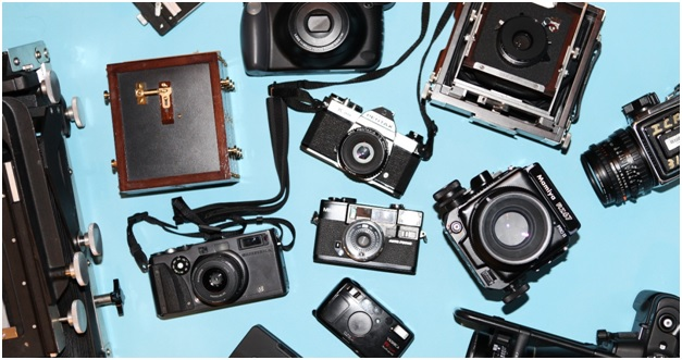 The camera market at the compact click
