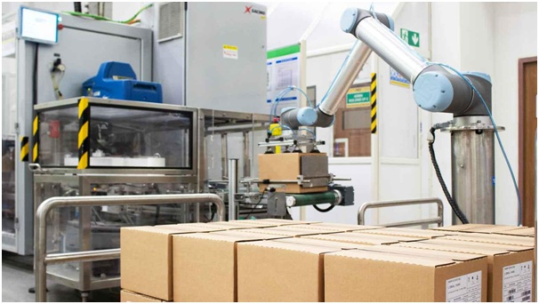 End of Line Palletizing at L'Oreal India using collaborative robots