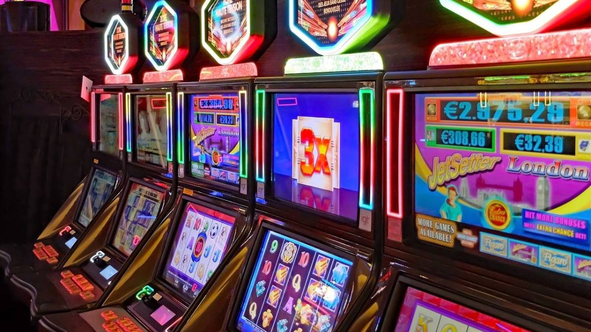 UK Slot Machine Limited to £2: What it Means for Online Casinos