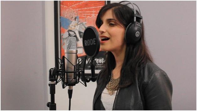 Advantages of choosing AKG C214 microphone