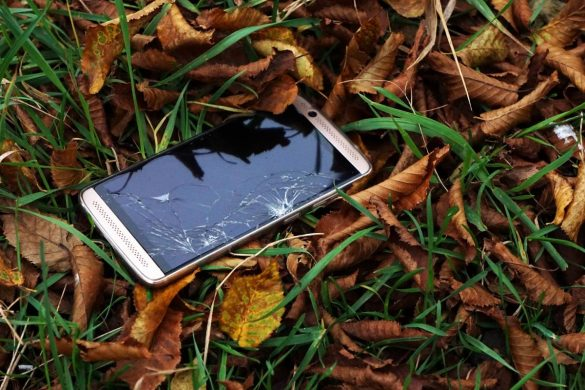 Why You Should Get Mobile Phone Insurance