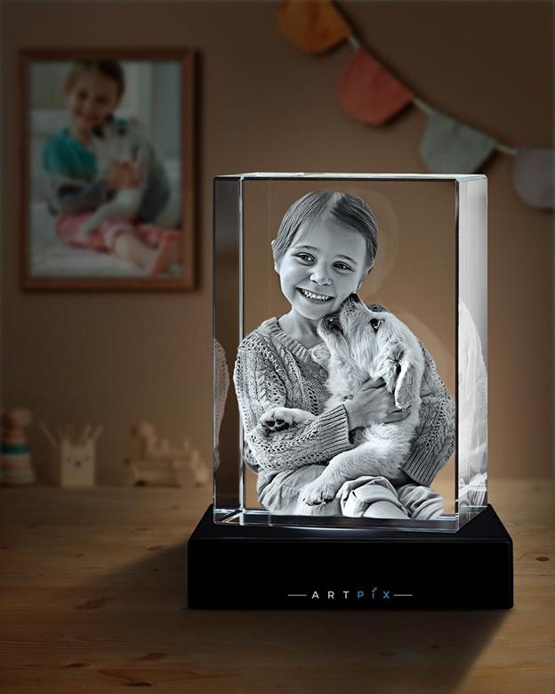 A 3D Photo Crystal