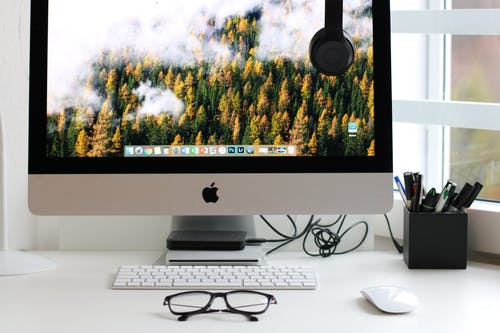 How to Choose the Best Computer for Writers