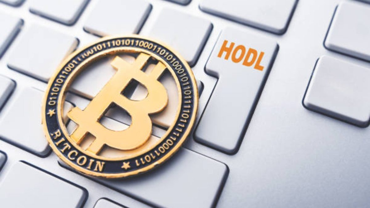 What Does Bitcoin HODL Mean, And Should You Do It?